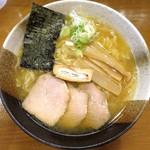 煮干しらぁめん なかじま - 味噌らぁめん_680円