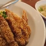 台南担仔麺 - 排骨炒飯のセット