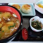 りんどう亭 - 料理写真:「ひっつみ定食」