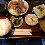 居酒屋 十八番 - 【2017.7.24(月)】本日の日替り定食(ユーリンチー)700円