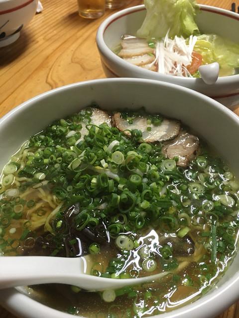 麺家 なかむら>