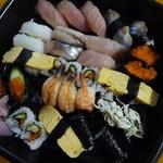 与志の寿司 - 料理写真:おまかせ2000円!