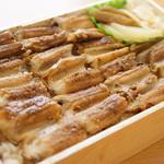 うえの - 料理写真:あなごめし弁当(レギュラー・1944円)