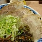 麺処 湊生 - チャーシューが美味しそうです