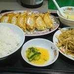 餃子の王将 - 2017.07現在の餃子セット810円税込