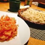 70495709 - 十割蕎麦と桜海老のかき揚げ