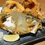 旬海佳肴 一家 - 白身魚のアラ唐揚げ