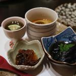 70499157 - 前菜(きくらげ、茄子の煮浸し、もずく酢、茶碗蒸し)