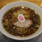 飛田給 大勝軒 - 料理写真:中華麺小(680円、斜め上から)
