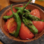 キャラヴァンサライ包 - 焼きトマト