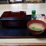 寿し割烹 美咲   - 料理写真:うな重(2800円)