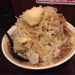 りょう二郎 - 白りょう二郎ラーメン・野菜増し