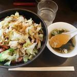 帯広亭 - 豚丼の並+茹でキャベツ