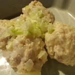 庭つ鶏 葉山 - ボードに書かれた本日のおすすめらしい冷製皮なしシューマイ4個400円アップ