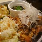 あくびカフェー - から揚げサラダ、ポテトサラダ、茄子の煮びたし(2017.7.24)
