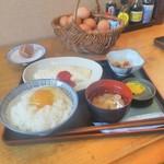 70506160 - 白いオムレツ定食