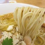 70507942 - 博多ラーメンみたいに麺のカタさ(茹で加減)は指定できません。