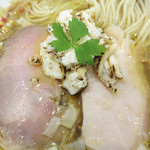 70507943 - しっとりしたハムのような豚肉と鶏肉も美味しかったです。
