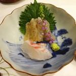 70512615 - 向付:車海老(沖縄産)真鯛(大分産)大葉 紅蓼 山葵
