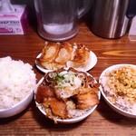 70513556 - 餃子とご飯3種