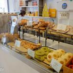 DOMINIQUE ANSEL BAKERY at OMOTESANDO - ヴィエノワズリー