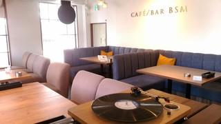 CAFÉ/BAR BSM 横浜関内店