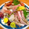 甚六 - 料理写真:◆盛り合わせ(太刀魚焼き霜、あいなめ、ヒラマサ、赤烏賊、真いわし、〆さば、南蛮海老)