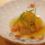 鮨 さかい - 増毛のボタン海老、唐津の赤海胆