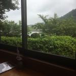 草允 わらび野 - 窓からの風景