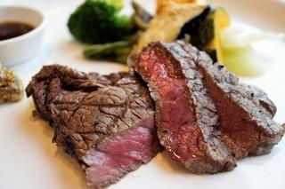 近江牛レストラン ティファニー - お店のお奨めのミディアムレア