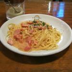 サージョンズカフェ イタリアーノヨコハマ - 【ランチ】「ベーコンのトマトクリームソース」です。