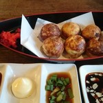 たこやきnoばあーMAZE - 料理写真:ラヂオ焼き(牛すじ&味噌こんにゃく)