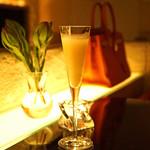 カーヴドシャンパーニュ ディヴァン - Seasonal Champagne Sorbet