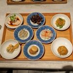 CINA New Modern Chinese - 前菜8種盛合わせ