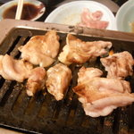 豊岡精肉焼肉店 - 鶏はらみ焼き