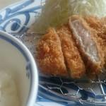 70534405 - ロースカツ定食(100g)。