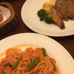 70543005 - バール定食ランチ(ハーフパスタ、お肉)