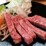 70544268 - 飛騨牛ロース定食(お肉アップ)