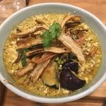 箸とレンゲ - 「ぶどう山椒の麻婆麺 S」700円
