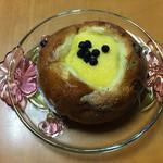 サ・マーシュ - キャラメルチョコのクリームパン