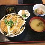 70547657 - ランチ:煮あなご丼(あなご増量サービスあり)