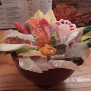 寿司処 伸福 - 料理写真:能登朝市丼 2700(税込)