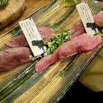 70549423 - 黒毛和牛肉寿司盛り合わせ1,250円