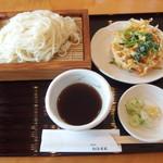 うどん茶屋 海津屋 - 細麺(冷たい)ざるうどん650円+単品のかき揚げ260円