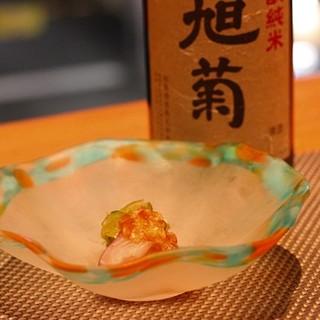 四季折々の旬の食材を使った精巧にして豊麗な和食!