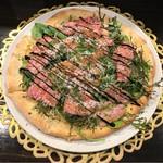 リストランテ ル ミディアイ - 最高級とび肉使用 飛騨牛カルパッチョピッツァ 税抜2,200円