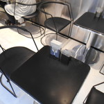 BABBI - テーブル席