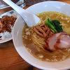 穀雨 - 料理写真:塩ラーメン(720円)+ミニカレー(180円)