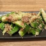 蕎麦cafe 粉々奈 - 胡瓜と梅肉の和物