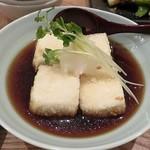 蕎麦cafe 粉々奈 - 揚げ出し豆腐